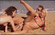 Anal FFM Threesome